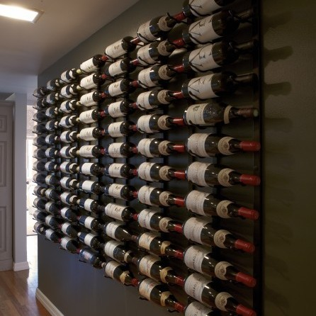 Displaying wines Farrow & Ball Paint